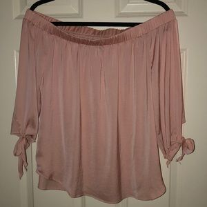 Off the shoulder dressy/causal top